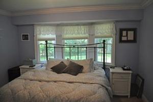 371 Dorothy bedroom
